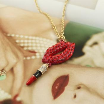 Beautiful lipstick necklace